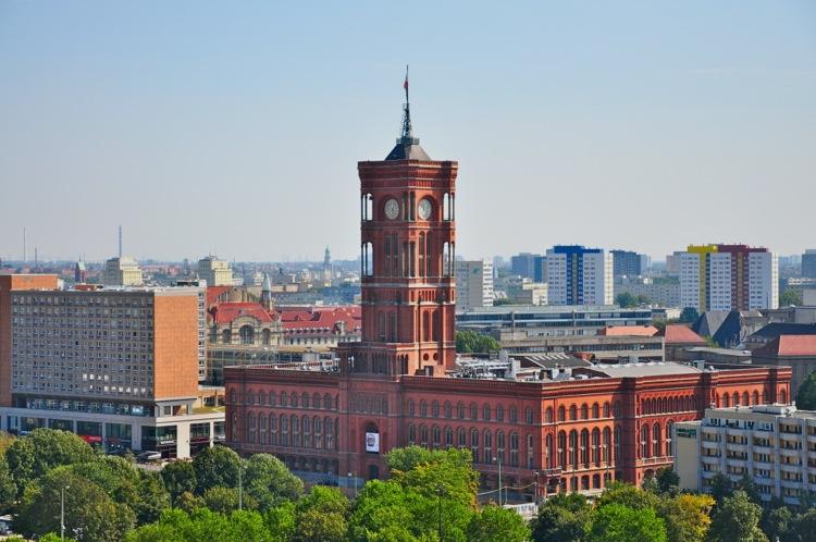 Красная Берлинская Ратуша