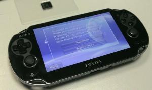 Sony Playstation Vita - вставь SIM карту!