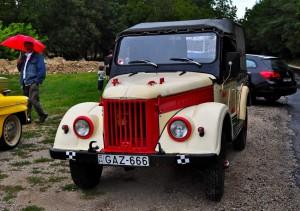 На таком ездил мой дедушка. Сейчас машина стоит в Костромской области.