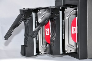 ASUSTOR AS-602T - установка жёстких дисков WD Red
