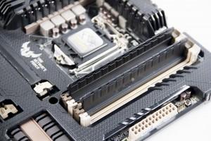 Заглушки для разъемов оперативной памяти