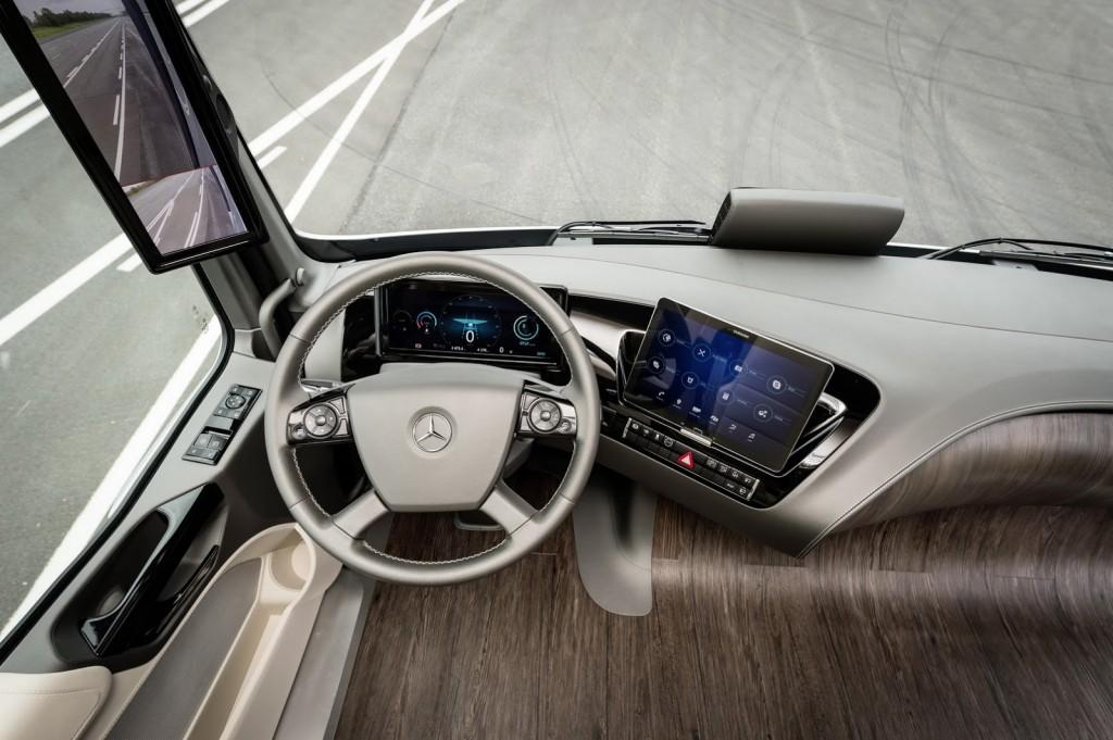 Mercedes-Future-Truck-2025-50