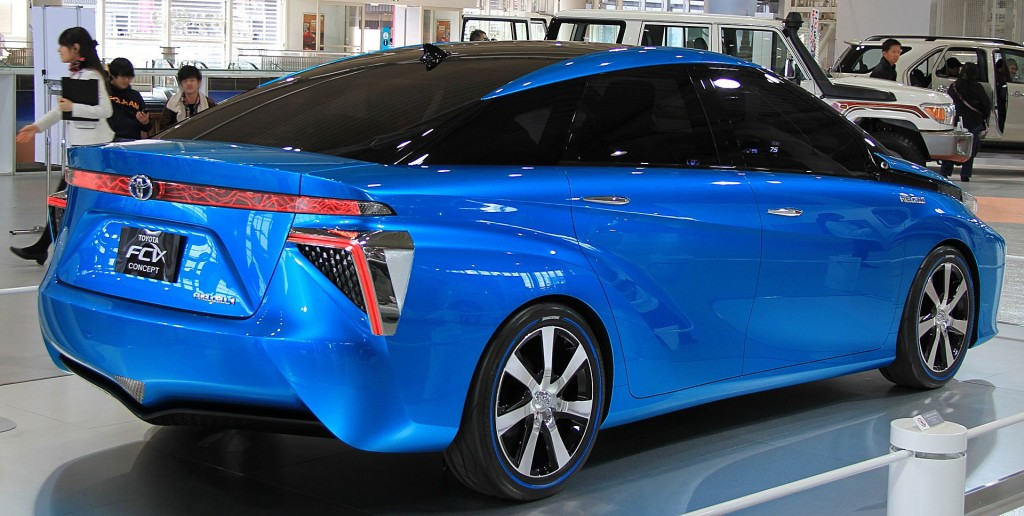Toyota_FCV_Concept_rear