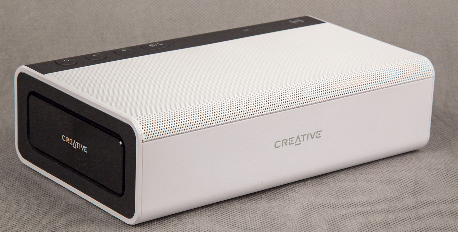 Колонка Creative Sound Blaster Roar PRO